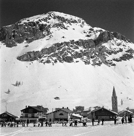 VAL D'ISERE - DEPART DES SKIEURS - retirage photo Machatschek (1951)