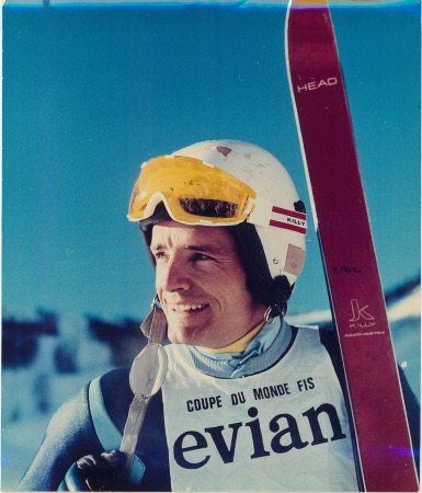 JEAN-CLAUDE KILLY... SKIS HEAD KILLY ET LUNETTES SANBUEE KILLY  - grande photo originale (ca 1970)