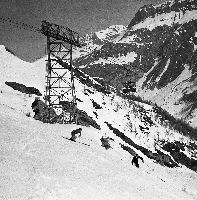 VAL D'ISERE - PASSAGE TECHNIQUE SUR BELLEVARDE - retirage photo Machatschek (1952)