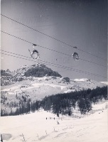 TELECABINE 4 PLACES POMAGALSKI LA DAILLE VAL D'ISERE - photo originale (1969)