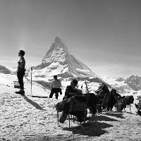 ZERMATT - TEMPS SUSPENDU A RIFFELBERG - retirage photo Machatschek (1960)