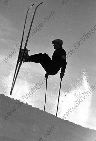LE SKIEUR ACROBATE (années 30) - photo originale de Karl Machatschek
